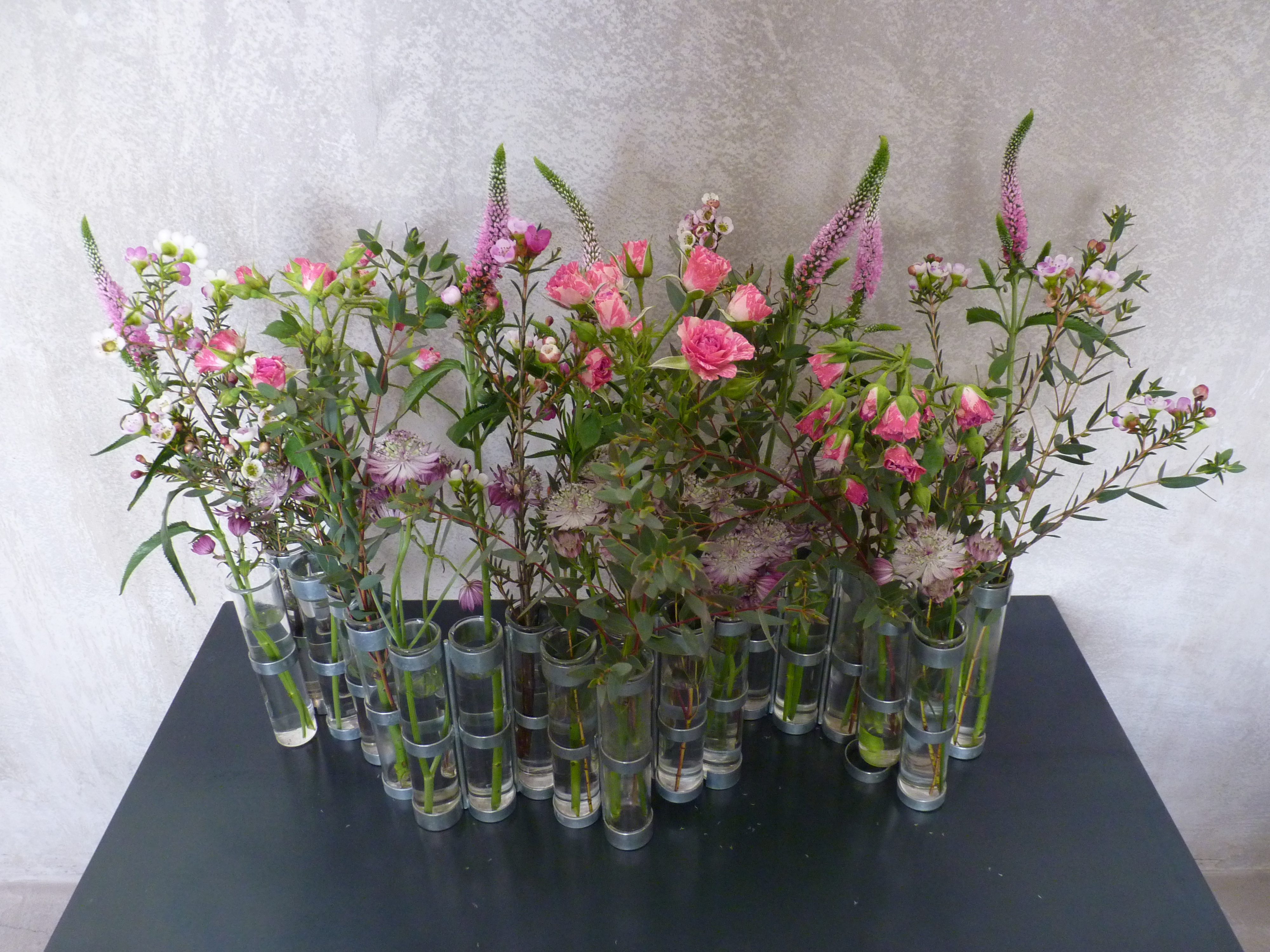 Tse Tse flower vase – The Scoop DXB